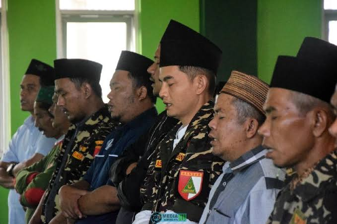 Bagaimana Hukum Sholat Jum'at Saat Wabah Menular??, GP Ansor