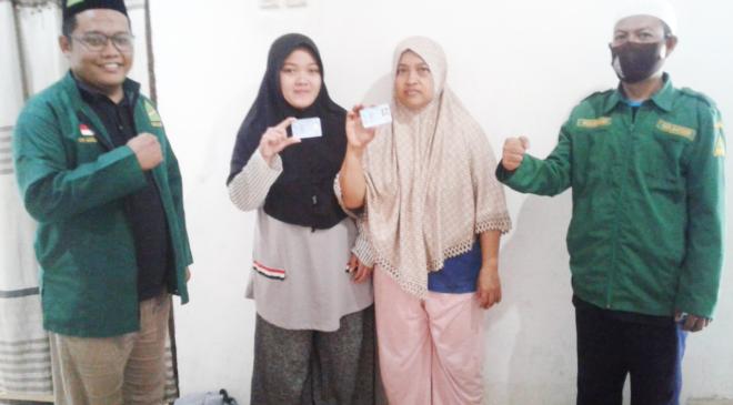 Kerja Nyata! Ranting Pagedangan Advokasi Warga dapatkan KTP, GP Ansor