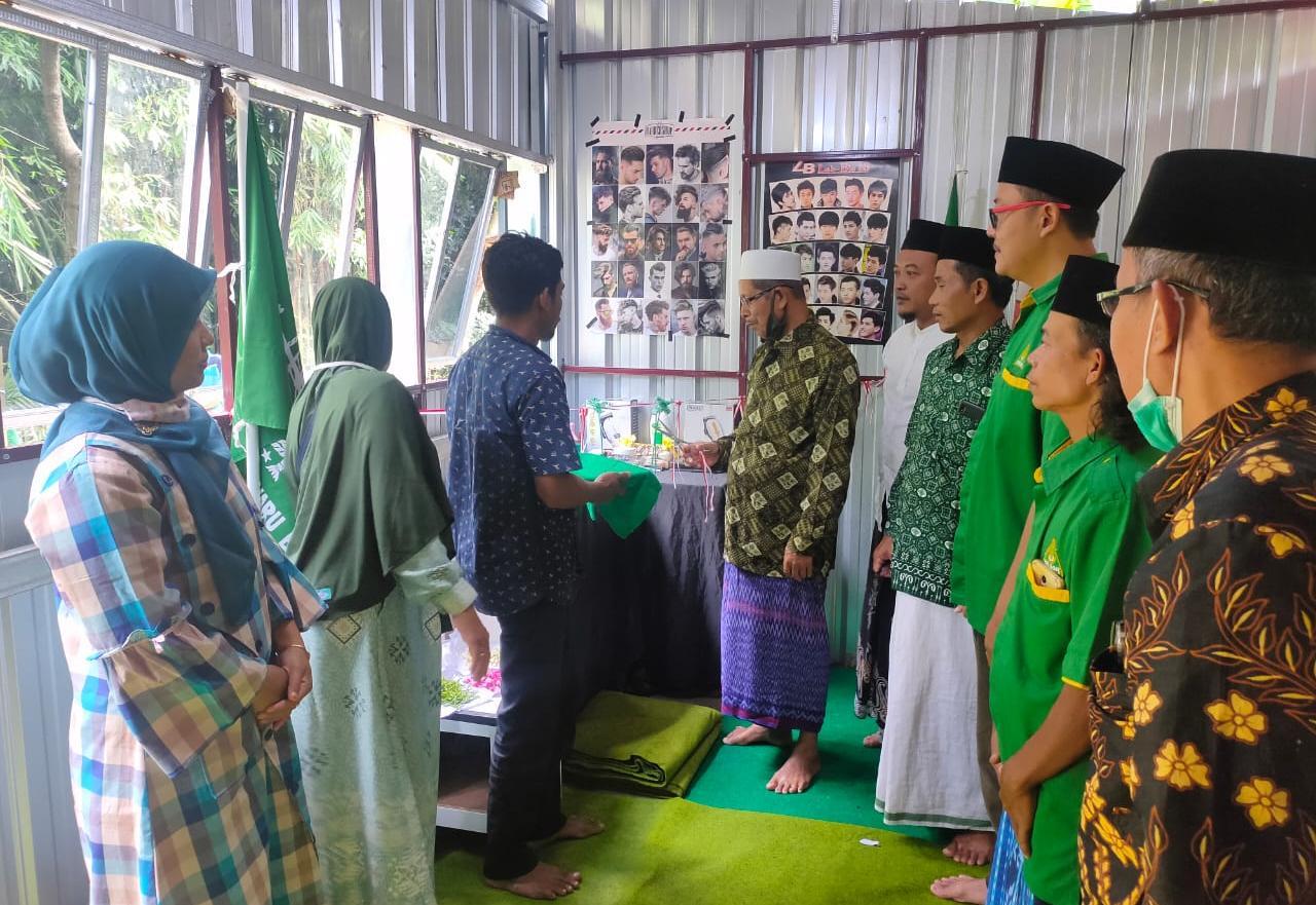Ansor Bulakwaru Barat Tarub Buka Unit Usaha Potong Rambut, GP Ansor